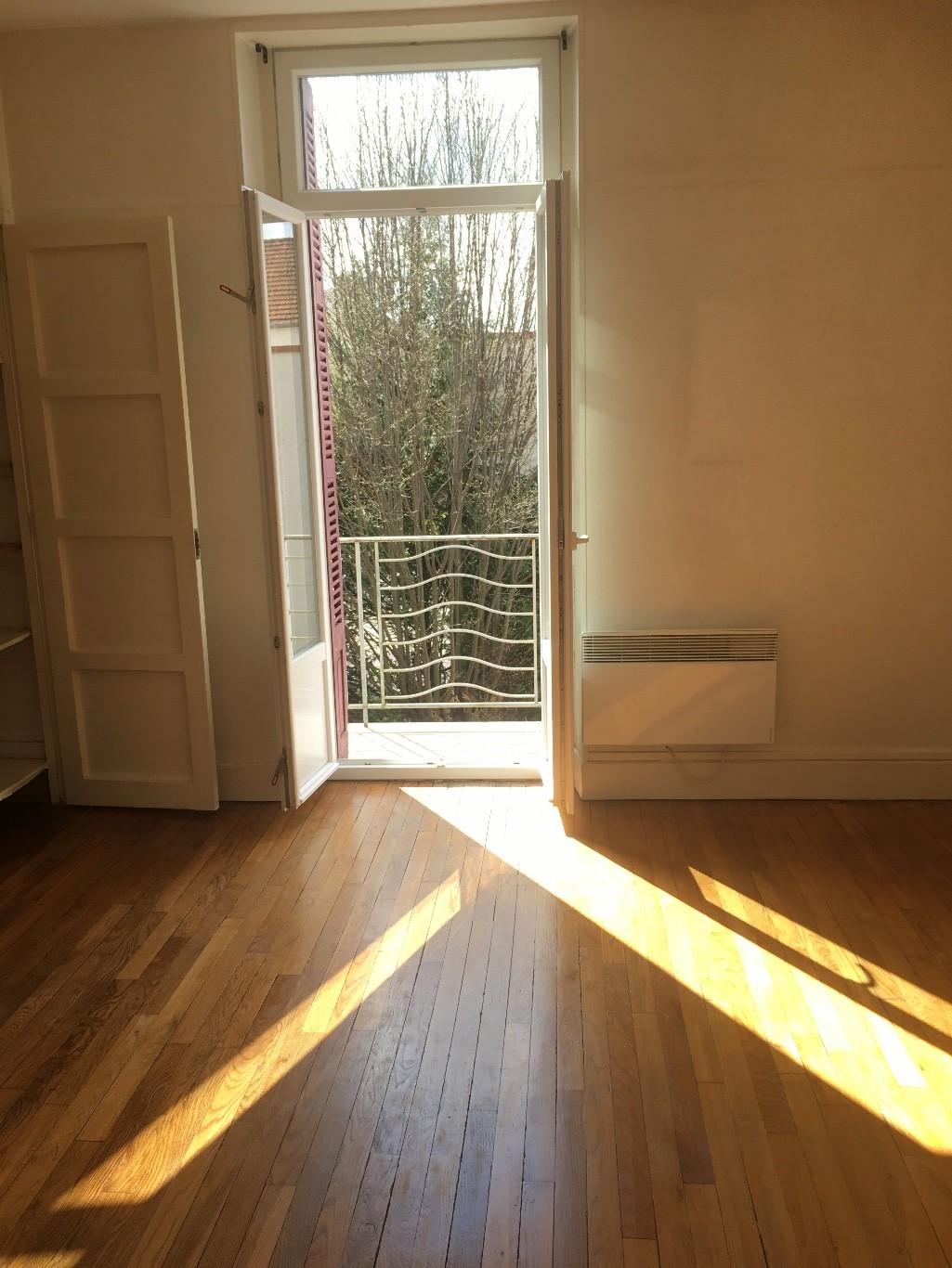 dijon auxonne facs vente appartement 2 pi ces 43m2 88 000 r f 17 80 133642 cm. Black Bedroom Furniture Sets. Home Design Ideas